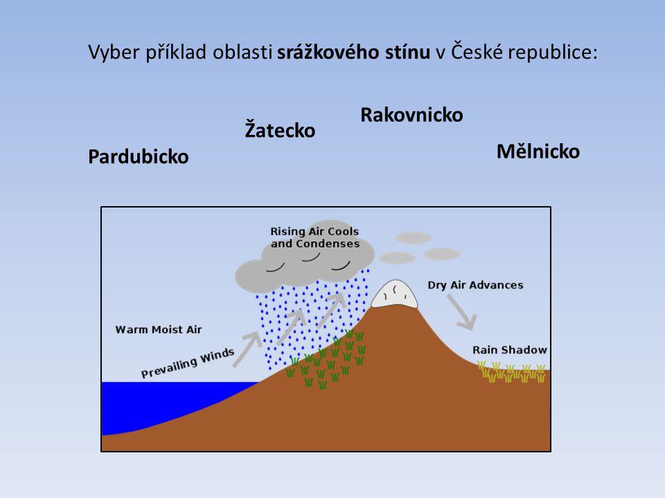 Vyber příklad oblasti srážkového stínu v České republice: