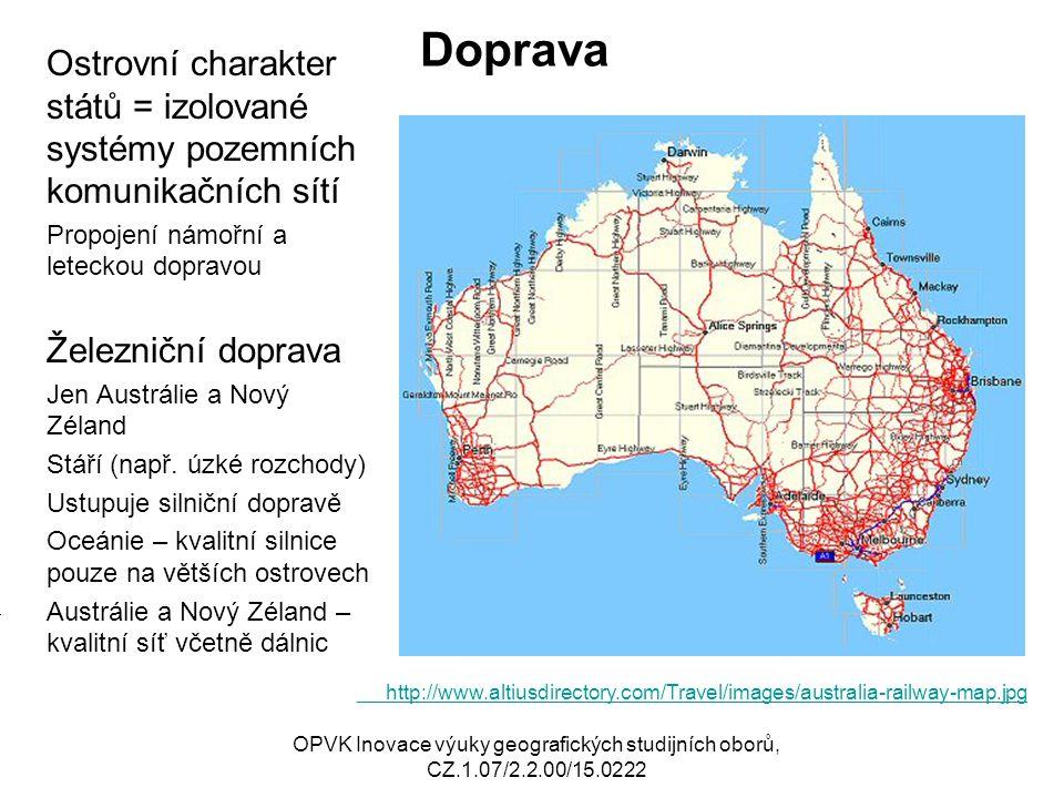 Doprava Ostrovní charakter států = izolované systémy pozemních komunikačních sítí. Propojení námořní a leteckou dopravou.