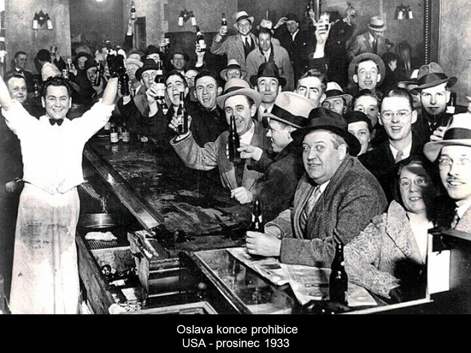 Oslava konce prohibice USA - prosinec 1933
