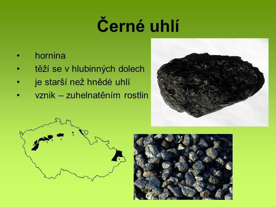 Černé uhlí hornina těží se v hlubinných dolech