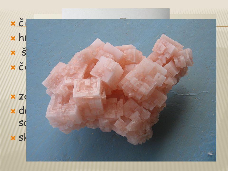 čirá sůl hnědá sůl. šedá sůl. červená sůl. zabraňuje zamrzání vody – posypová sůl. dále v chemickém průmyslu při výrobě sodíku, chloru.