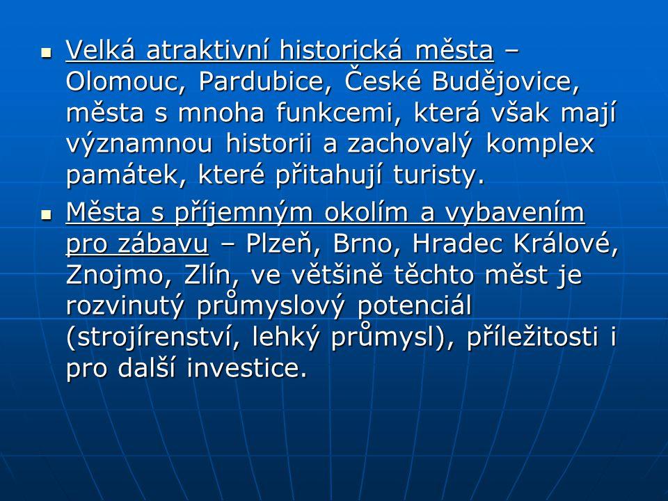 Velká atraktivní historická města – Olomouc, Pardubice, České Budějovice, města s mnoha funkcemi, která však mají významnou historii a zachovalý komplex památek, které přitahují turisty.