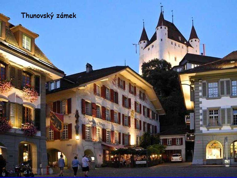 Thunovský zámek