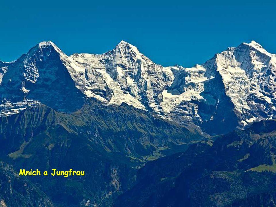 Mnich a Jungfrau