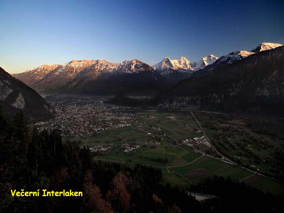Večerní Interlaken