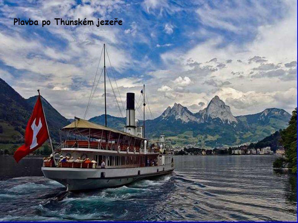 Plavba po Thunském jezeře