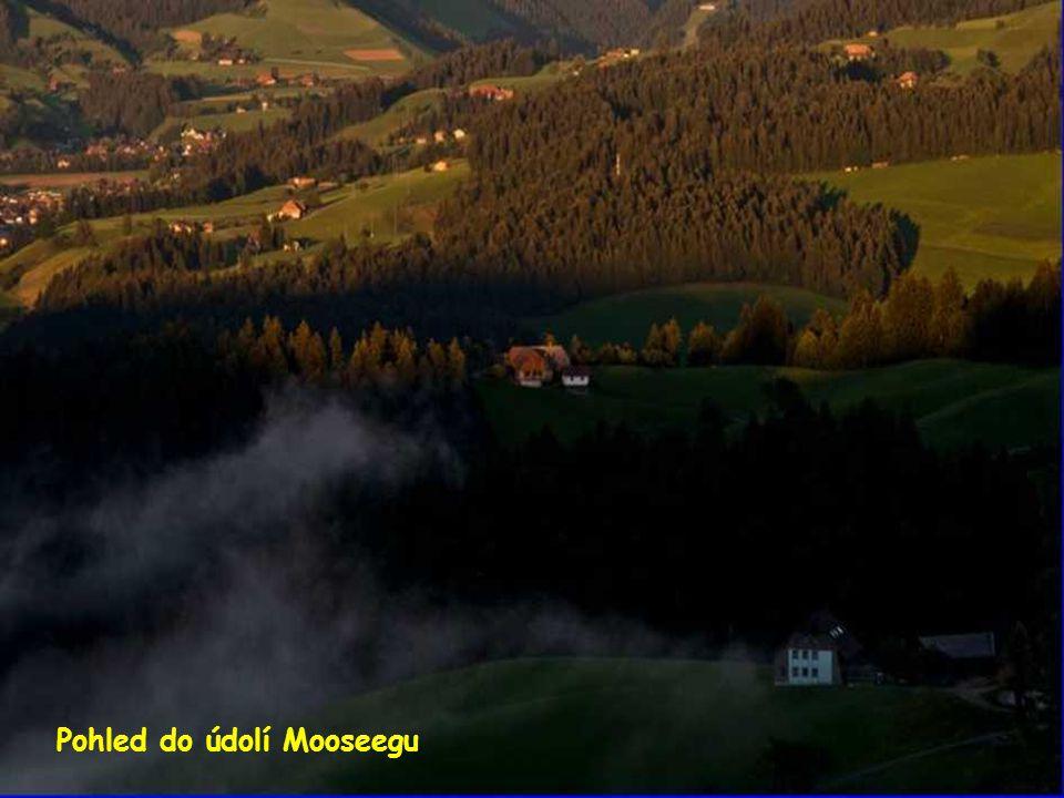 Pohled do údolí Mooseegu