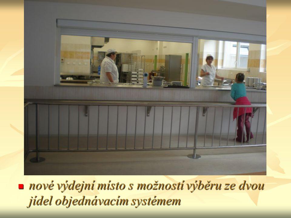 nové výdejní místo s možností výběru ze dvou jídel objednávacím systémem