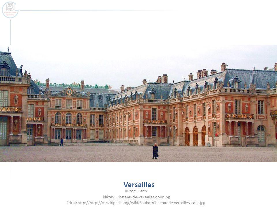 Název: Chateau-de-versailles-cour.jpg