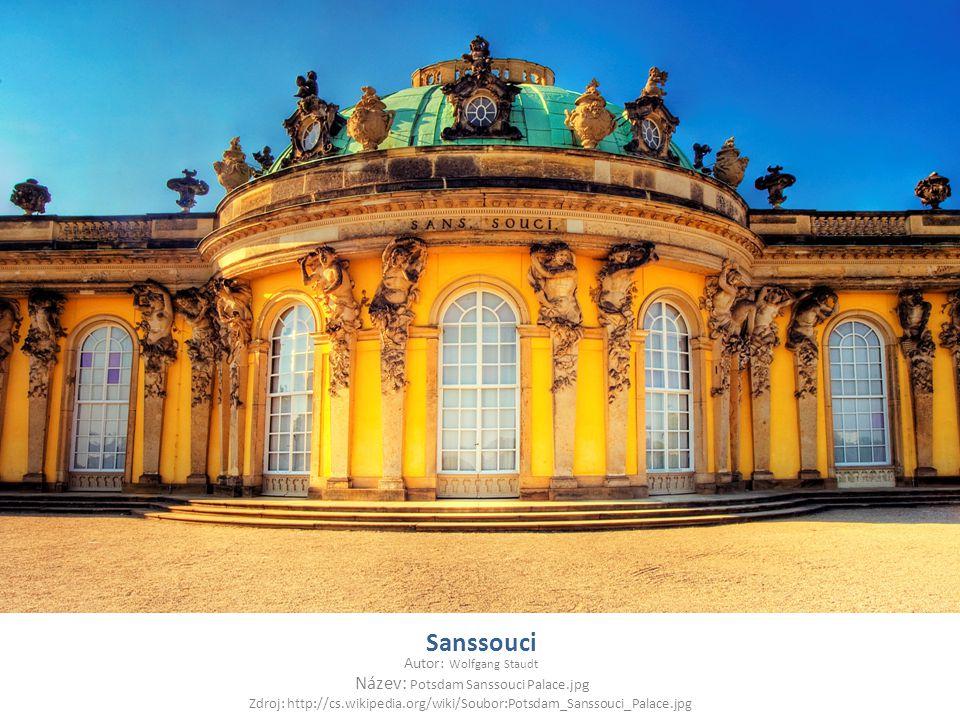 Sanssouci Autor: Wolfgang Staudt Název: Potsdam Sanssouci Palace.jpg