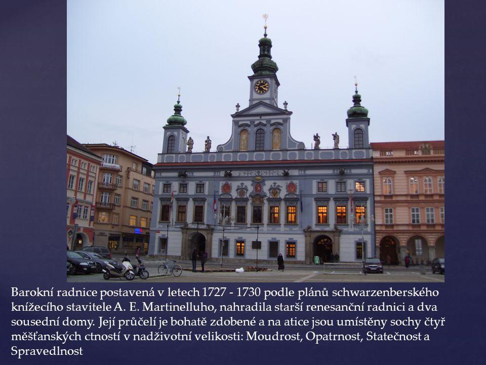 Barokní radnice postavená v letech 1727 - 1730 podle plánů schwarzenberského knížecího stavitele A.