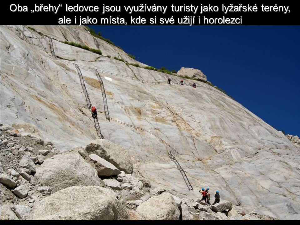 """Oba """"břehy ledovce jsou využívány turisty jako lyžařské terény, ale i jako místa, kde si své užijí i horolezci"""