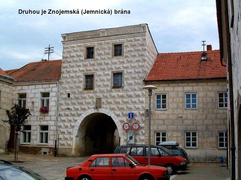 Druhou je Znojemská (Jemnická) brána