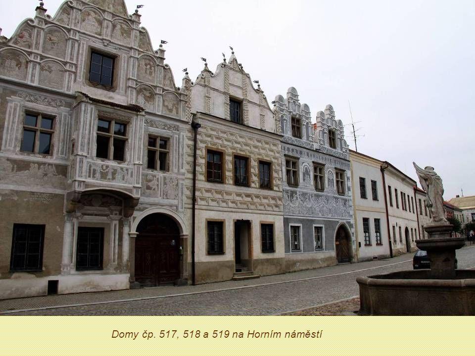 Domy čp. 517, 518 a 519 na Horním náměstí