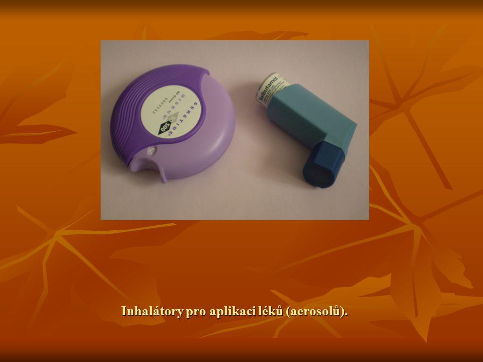 Inhalátory pro aplikaci léků (aerosolů).