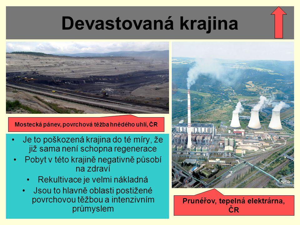 Devastovaná krajina Mostecká pánev, povrchová těžba hnědého uhlí, ČR. Je to poškozená krajina do té míry, že již sama není schopna regenerace.