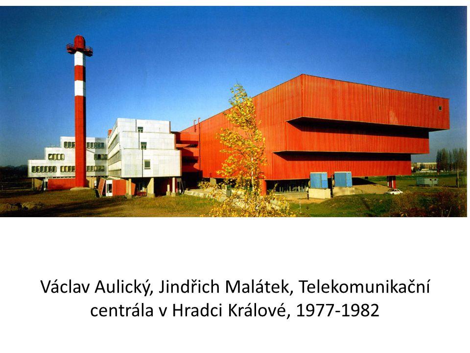 Václav Aulický, Jindřich Malátek, Telekomunikační centrála v Hradci Králové, 1977-1982