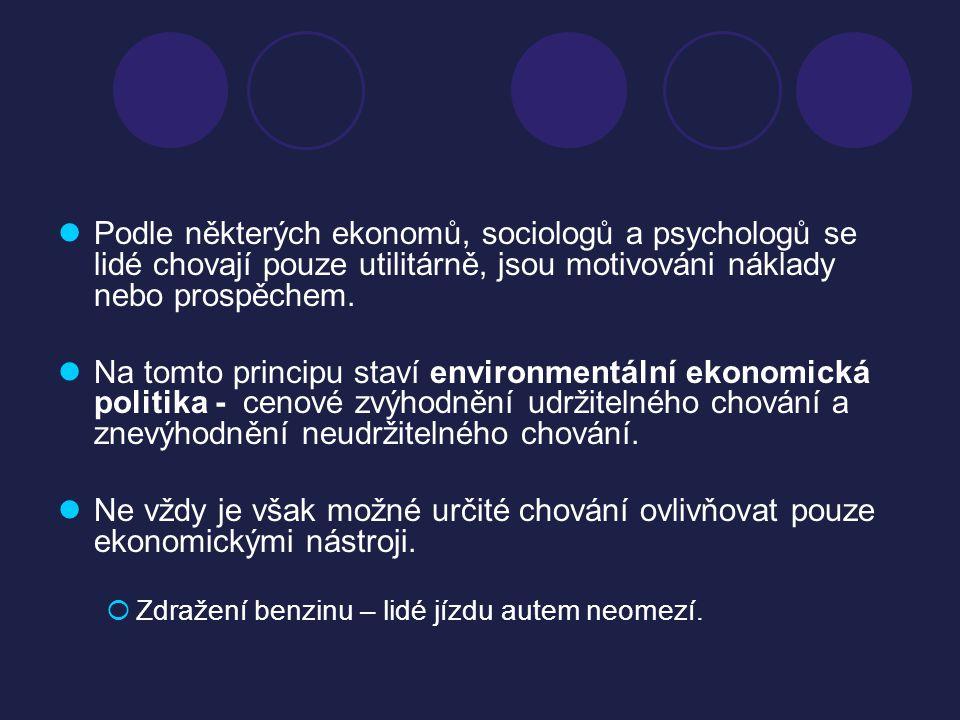 Podle některých ekonomů, sociologů a psychologů se lidé chovají pouze utilitárně, jsou motivováni náklady nebo prospěchem.