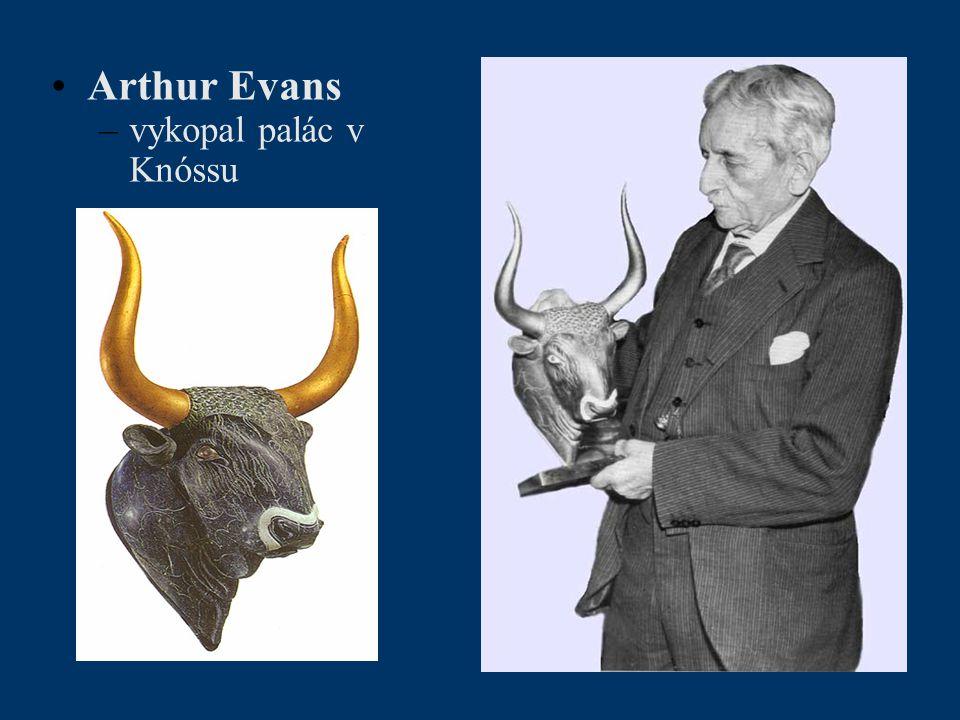 Arthur Evans vykopal palác v Knóssu