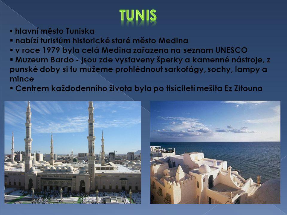 tunis nabízí turistům historické staré město Medina