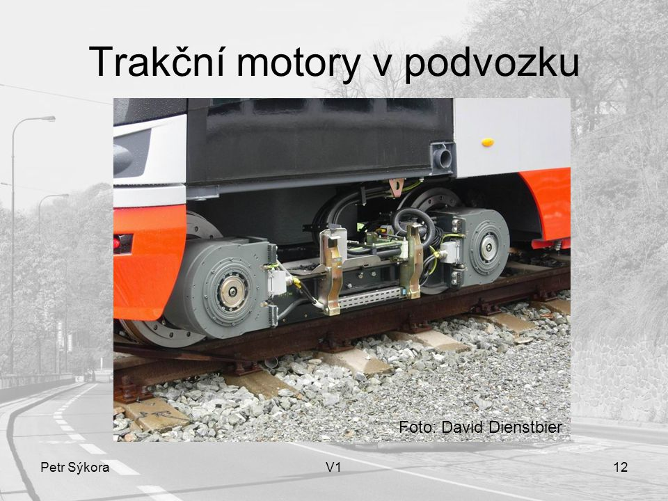 Trakční motory v podvozku