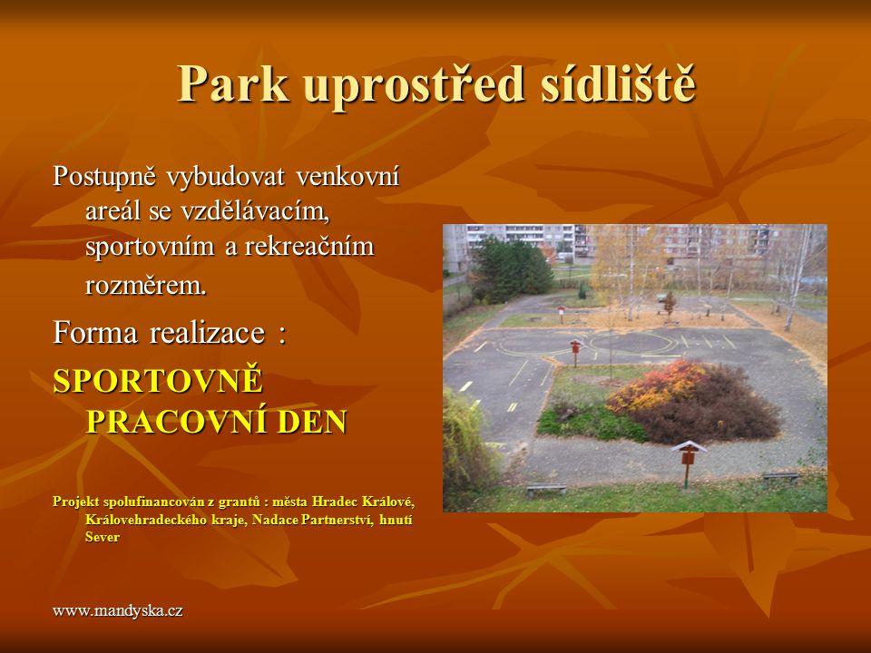 Park uprostřed sídliště