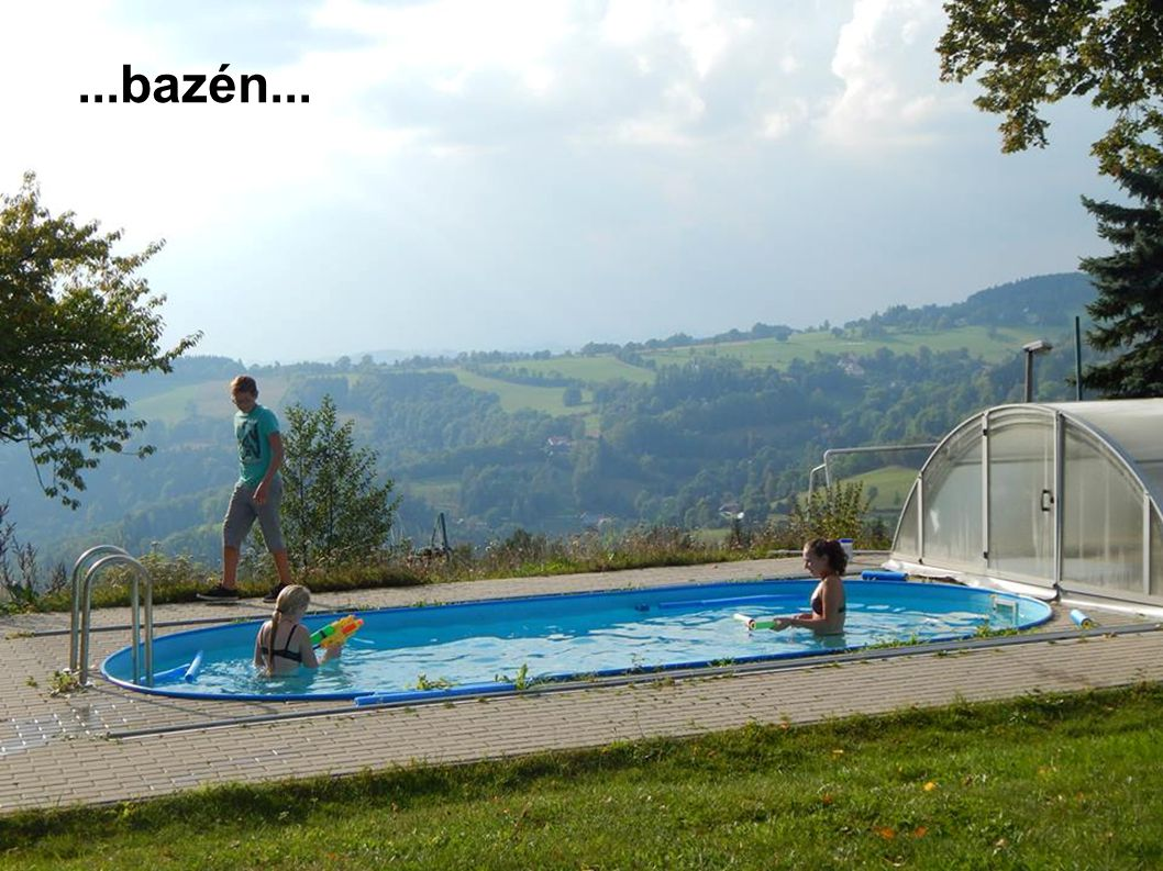 ...bazén...