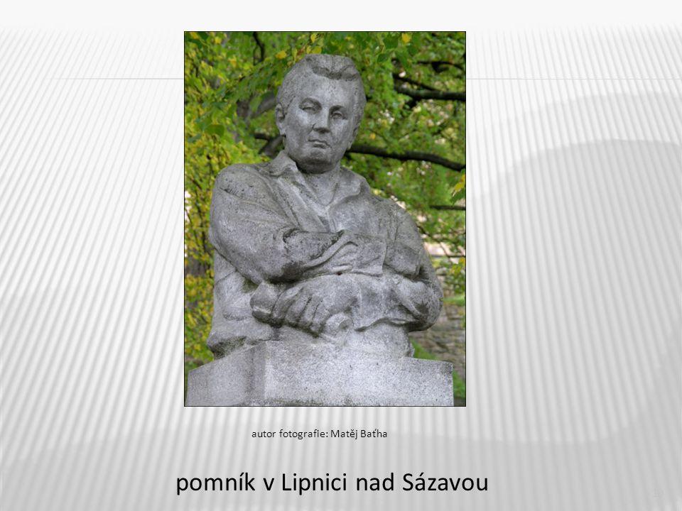 pomník v Lipnici nad Sázavou