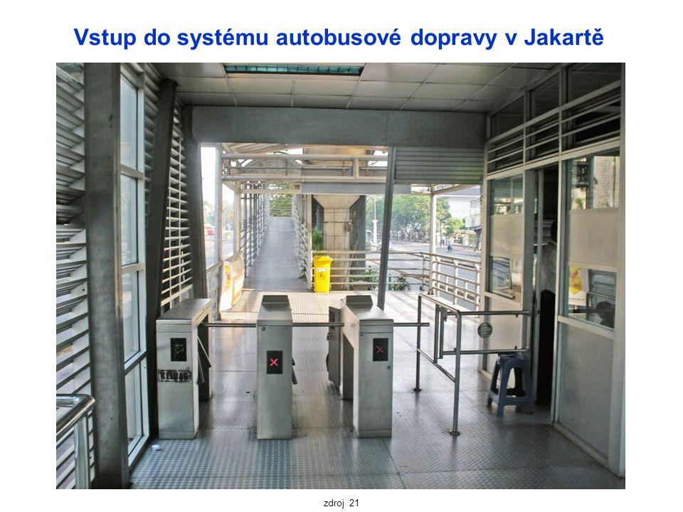 Vstup do systému autobusové dopravy v Jakartě