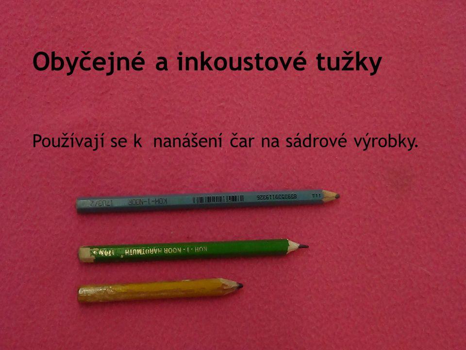 Obyčejné a inkoustové tužky