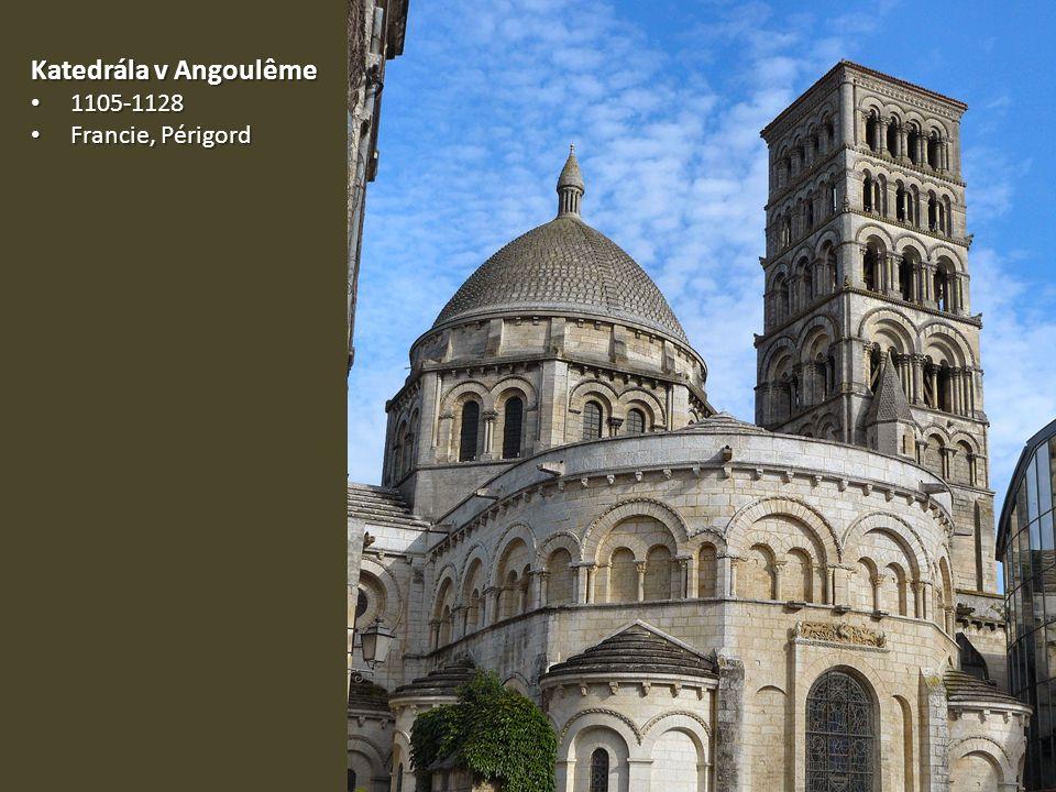 Katedrála v Angoulême 1105-1128 Francie, Périgord
