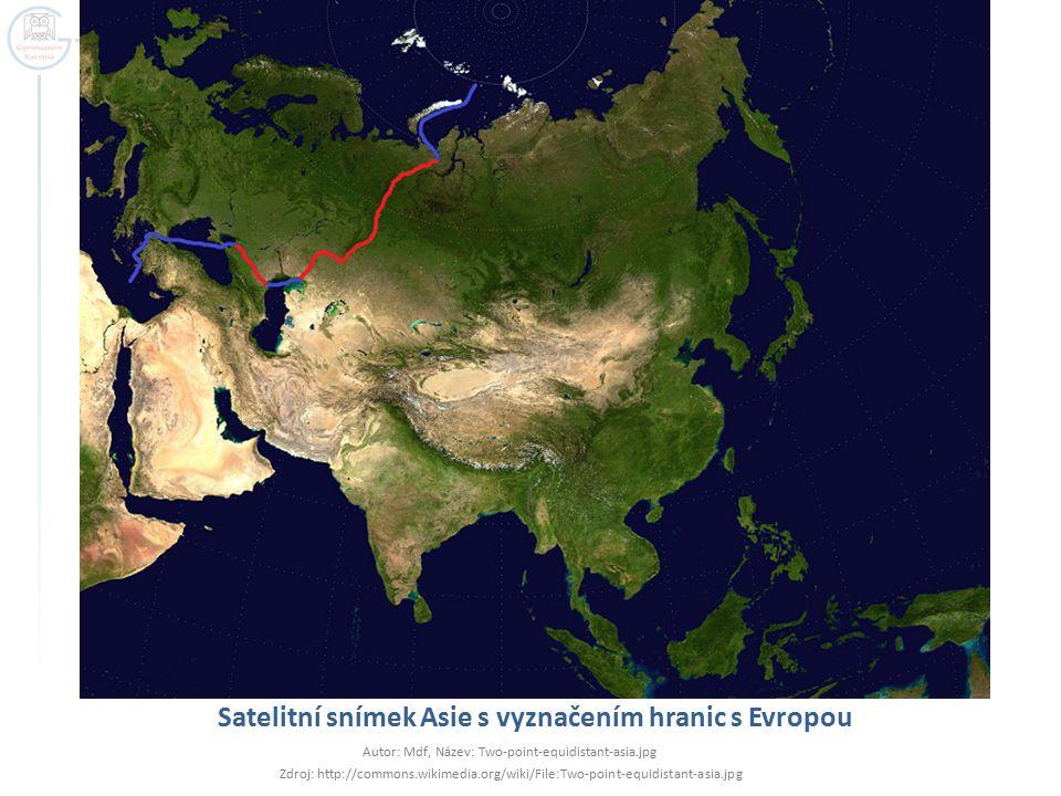 Satelitní snímek Asie s vyznačením hranic s Evropou