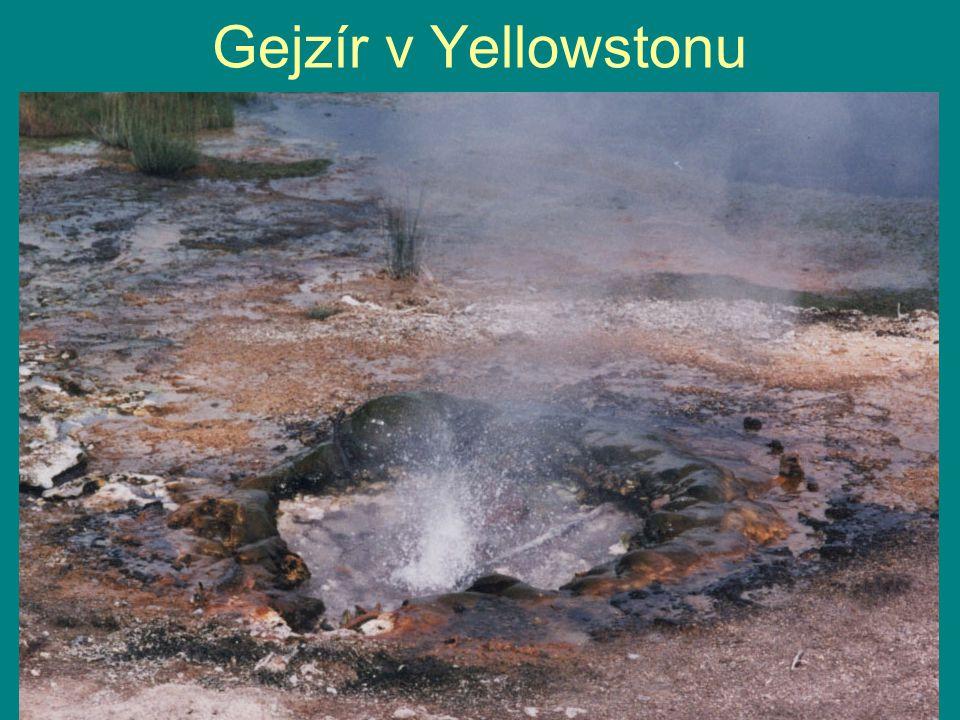 Gejzír v Yellowstonu