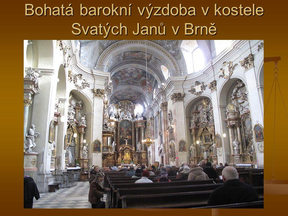 Bohatá barokní výzdoba v kostele Svatých Janů v Brně