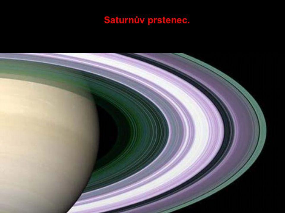 Saturnův prstenec.