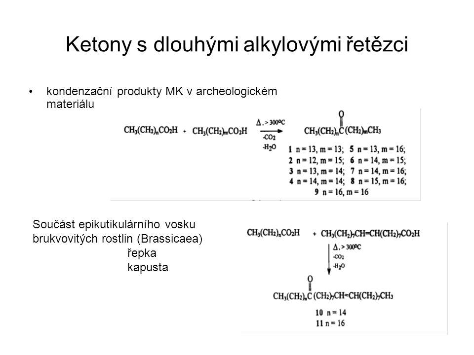 Ketony s dlouhými alkylovými řetězci