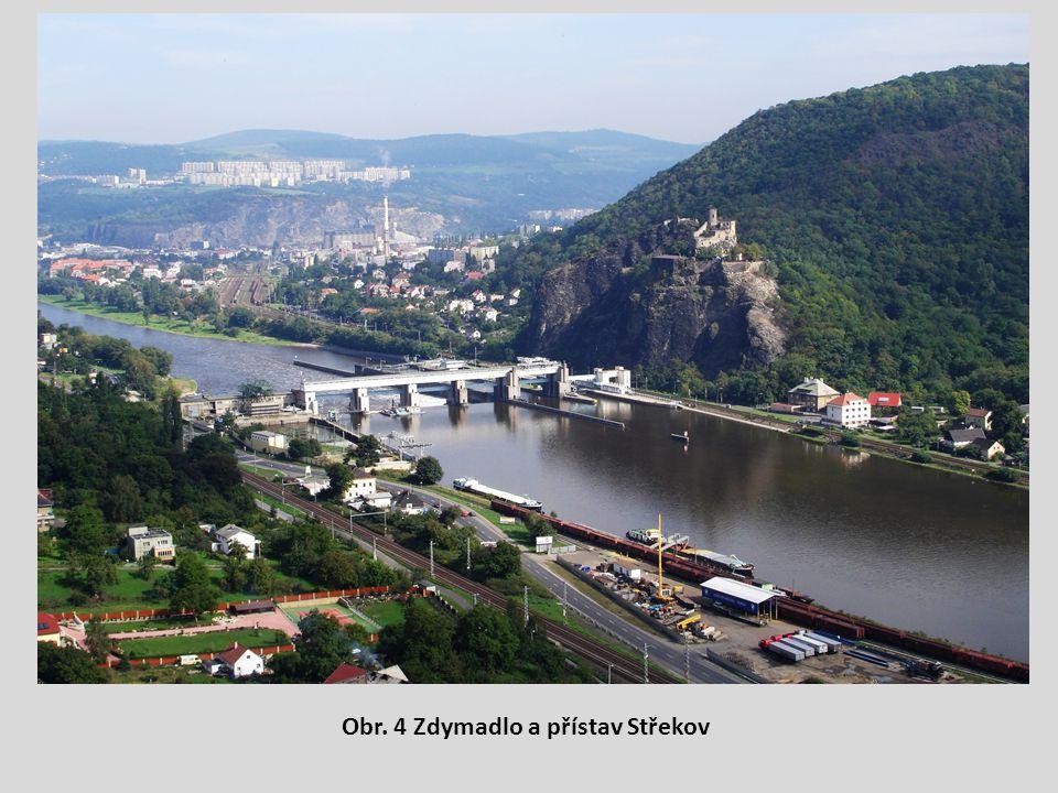 Obr. 4 Zdymadlo a přístav Střekov