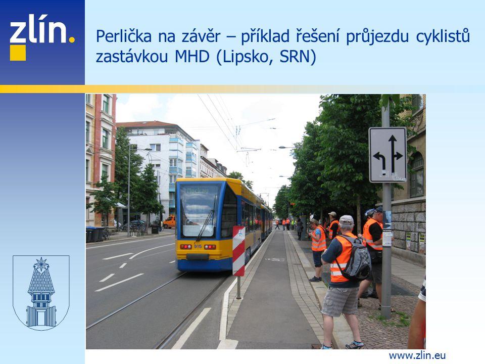 Perlička na závěr – příklad řešení průjezdu cyklistů zastávkou MHD (Lipsko, SRN)