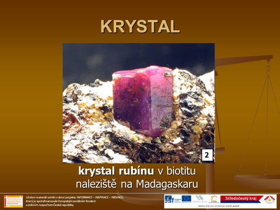 KRYSTAL krystal rubínu v biotitu naleziště na Madagaskaru 2