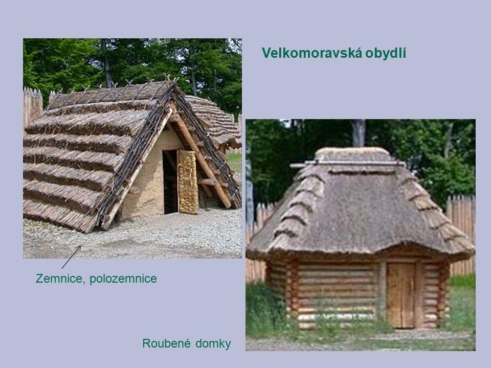 Velkomoravská obydlí Zemnice, polozemnice Roubené domky