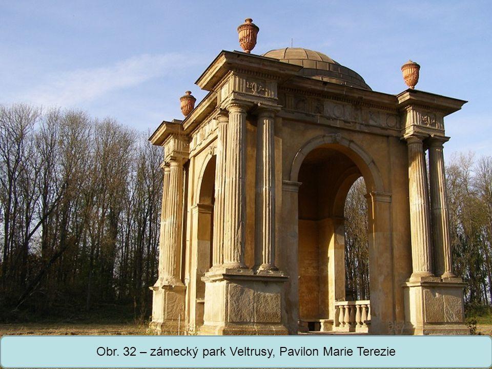 Obr. 32 – zámecký park Veltrusy, Pavilon Marie Terezie