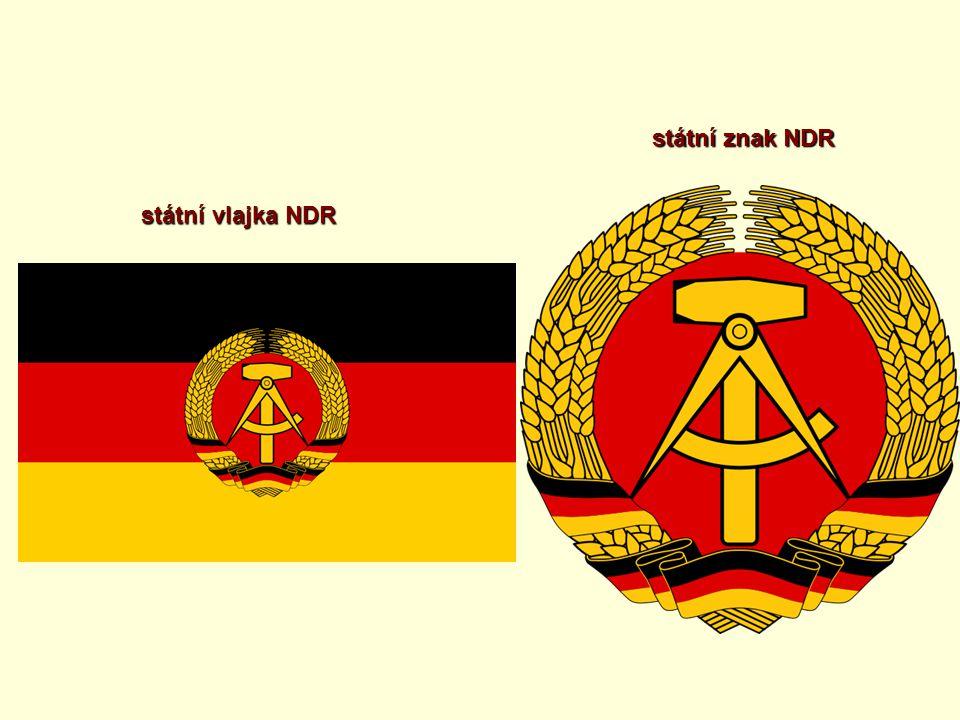 státní znak NDR státní vlajka NDR