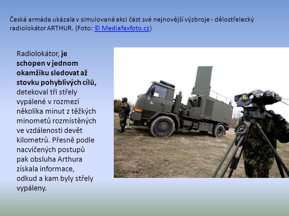 Česká armáda ukázala v simulované akci část své nejnovější výzbroje - dělostřelecký radiolokátor ARTHUR. (Foto: © Mediafaxfoto.cz)