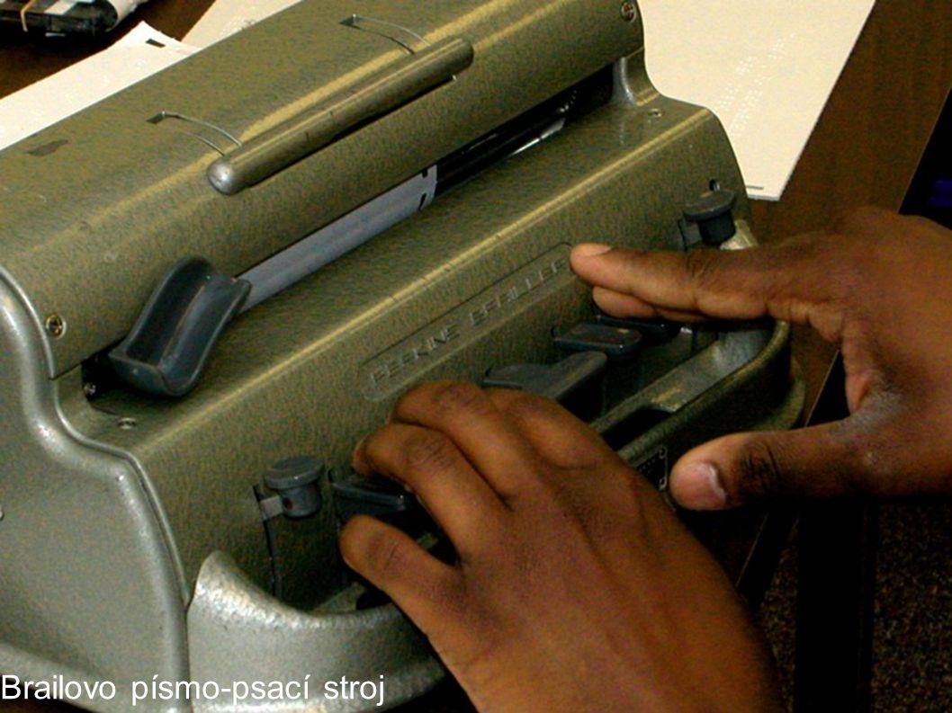 Brailovo písmo-psací stroj