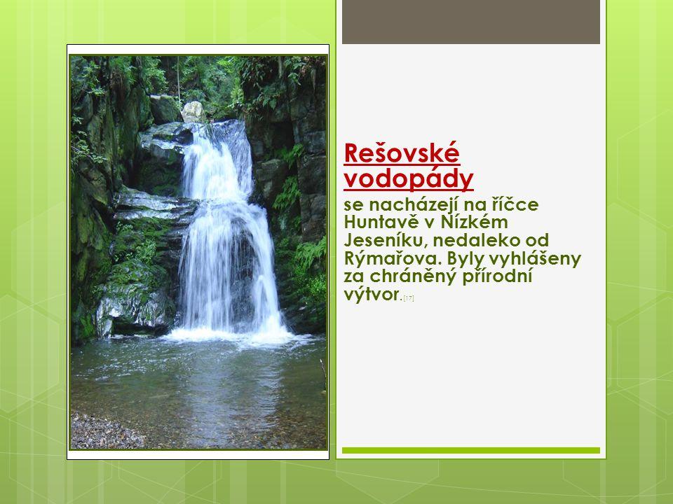 Rešovské vodopády se nacházejí na říčce Huntavě v Nízkém Jeseníku, nedaleko od Rýmařova.