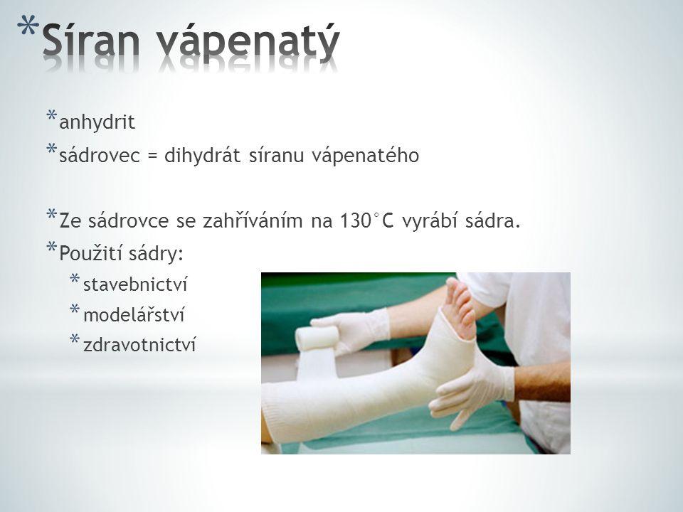 Síran vápenatý anhydrit sádrovec = dihydrát síranu vápenatého