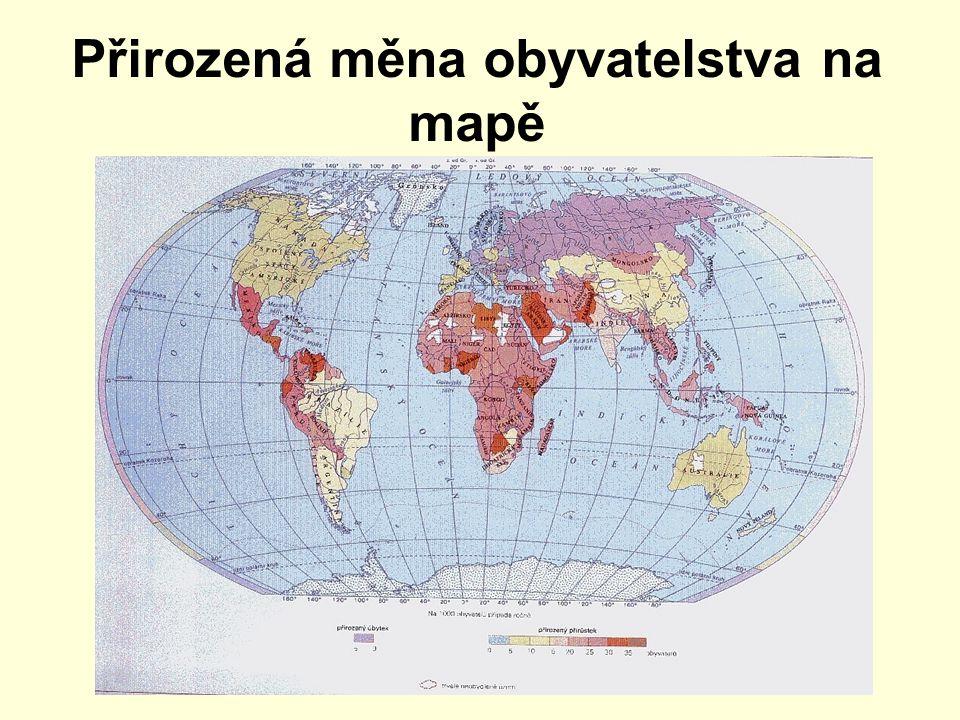 Přirozená měna obyvatelstva na mapě