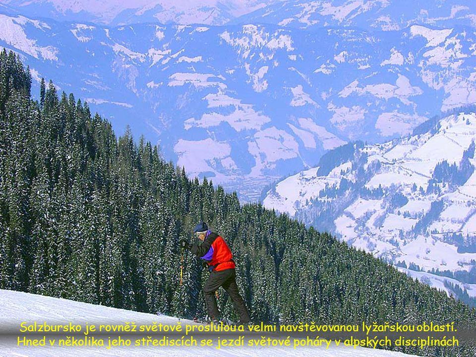 Salzbursko je rovněž světově proslulou a velmi navštěvovanou lyžařskou oblastí.