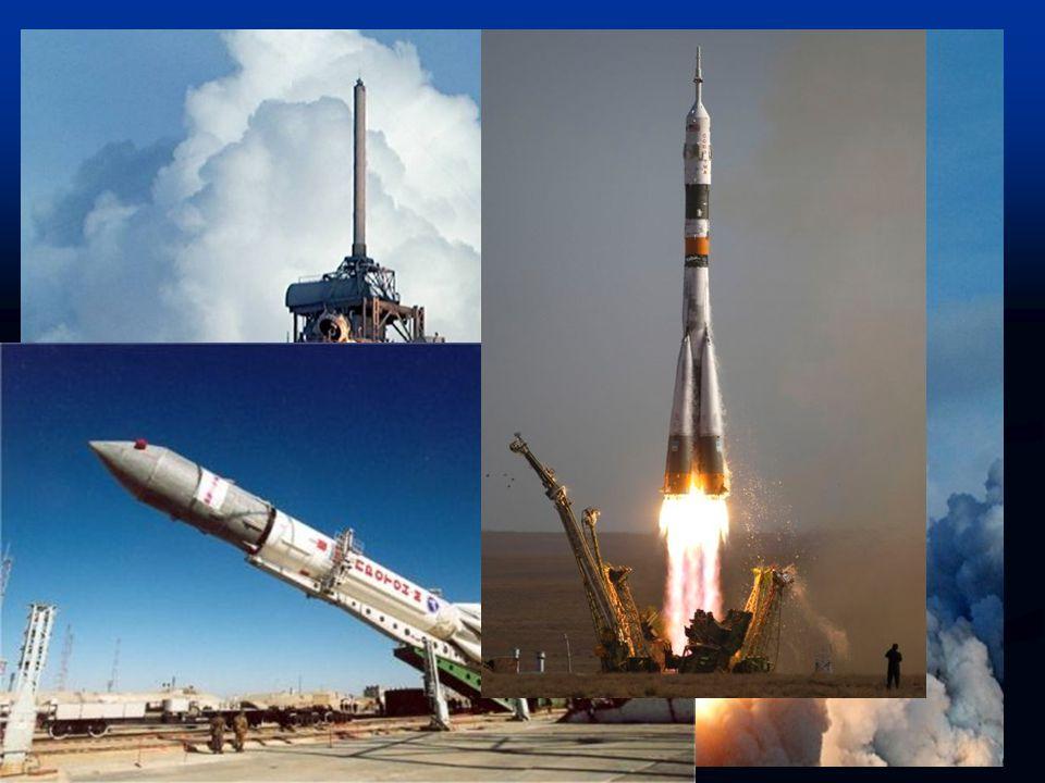 Stavba a struktura Stavba ISS je uskutečňována za pomoci amerických raketoplánů a ruských raket Proton a Sojuz.