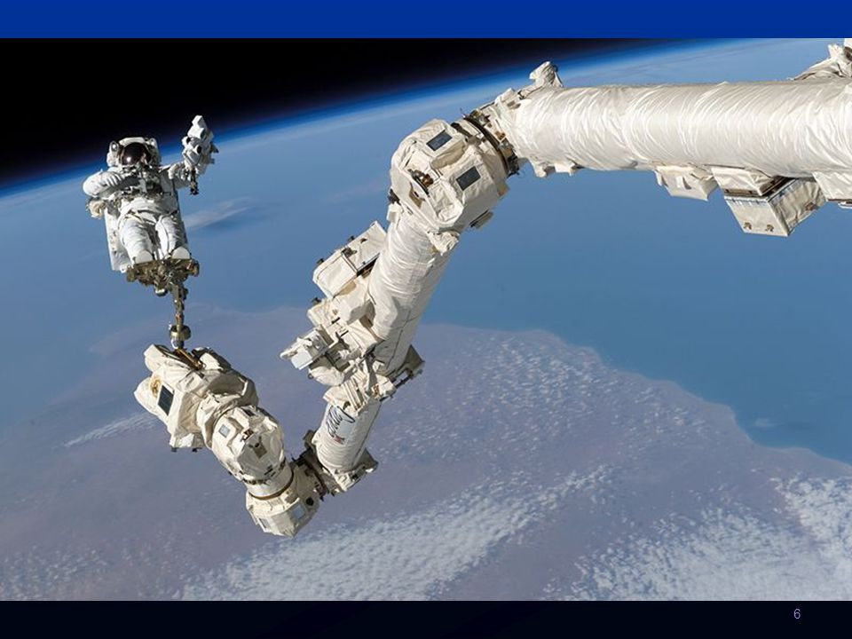Stavba a struktura Téhož roku přivezl raketoplán Atlantis modul Destiny. V roce 2001 vynesl raketoplán Discovery nákladový modul Leonardo.